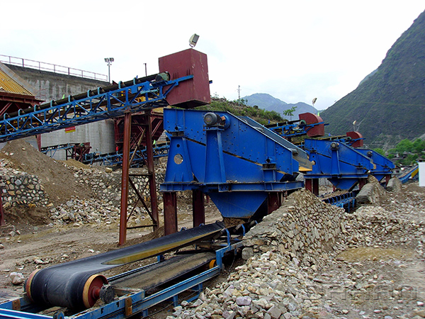 Case analysis of circular vibrating screen of bentonite